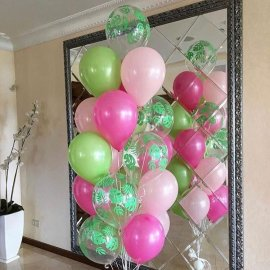 middle-left-color-center-bottom-2-0-0--1544608365.1117 украшение комнаты шарами на выписку из роддома